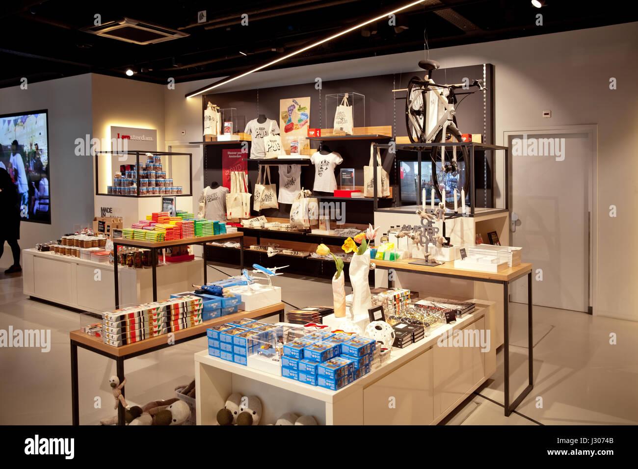 Ich bin Amsterdam Shop Interieur auf central Station in Amsterdam ...