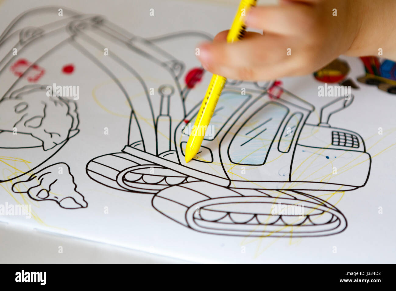 Young Child Draw Coloring Book Stockfotos & Young Child Draw ...
