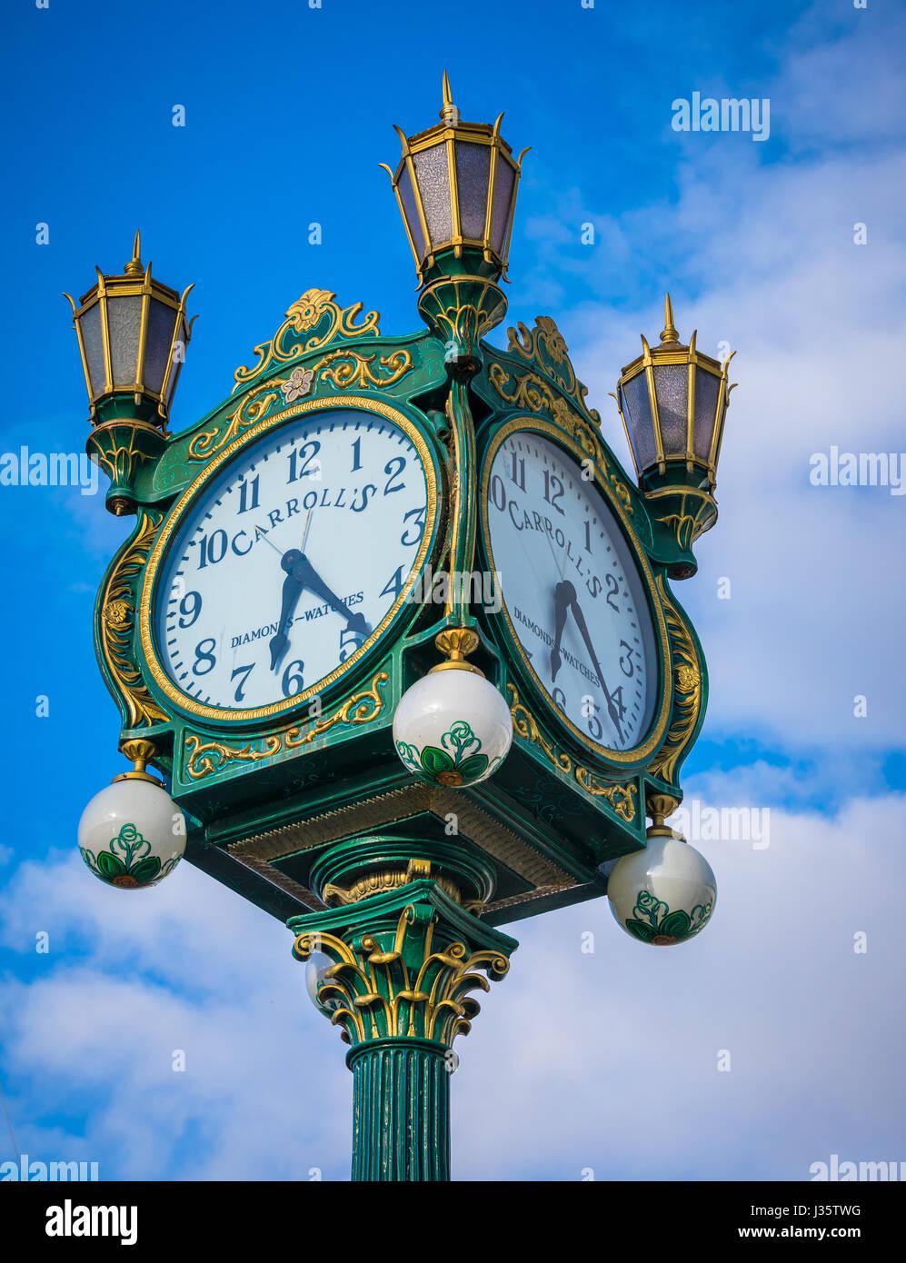 Diese wunderschöne Uhr war früher der Innenstadt bei Carrolls feinen Juweliere in der 4th Avenue und Pike Stockbild