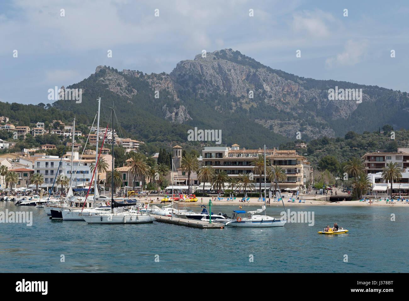 Hafen von Port de Sóller, Mallorca, Spanien Stockbild