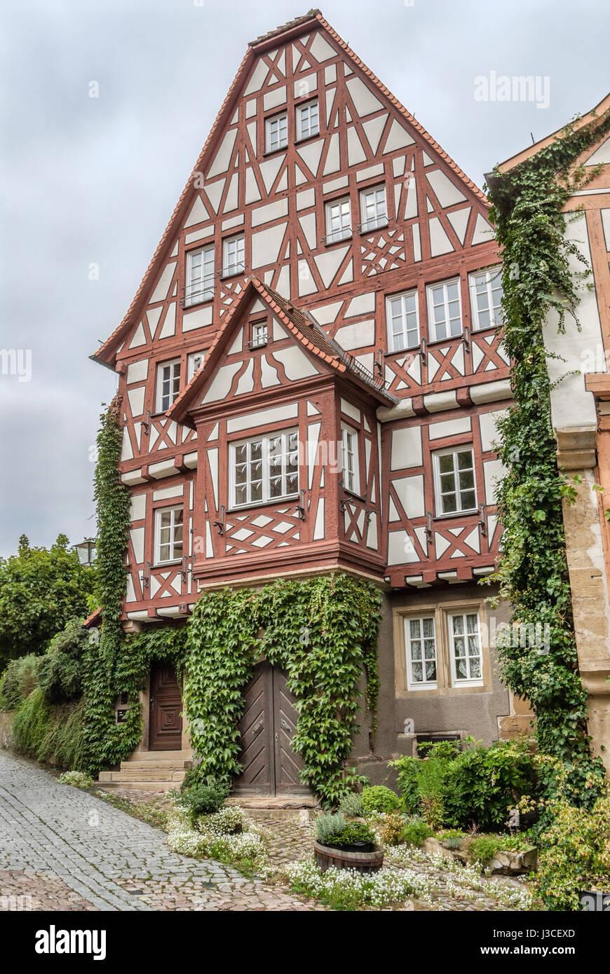 Fachwerkhäuser in der mittelalterlichen Stadt Bad Wimpfen, Baden-Württemberg, Süddeutschland | Fachwerkhaueser Stockbild