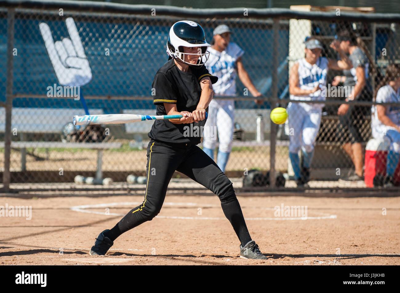 Fast Pitch Softball Stockfotos & Fast Pitch Softball Bilder - Alamy