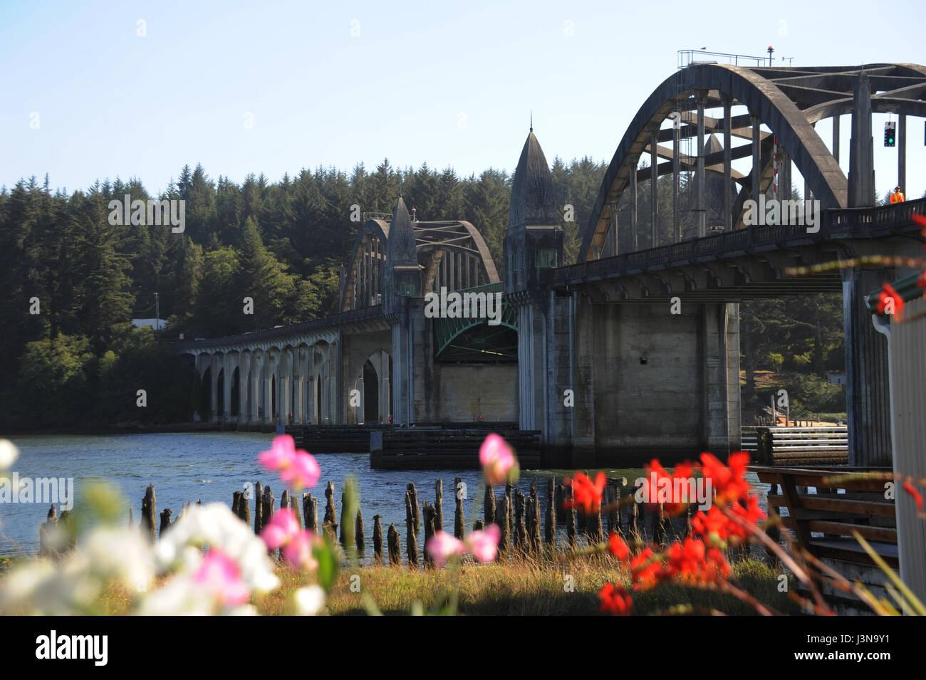 Siuslaw Brücke in Florenz Oregon Küste Szene Stockbild
