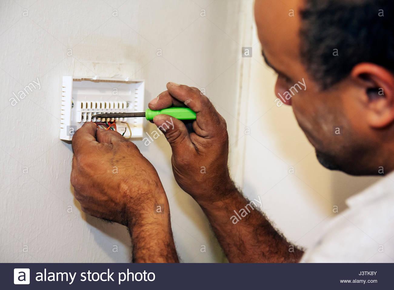 Ungewöhnlich Handwerker Elektrische Verkabelung Ideen - Schaltplan ...