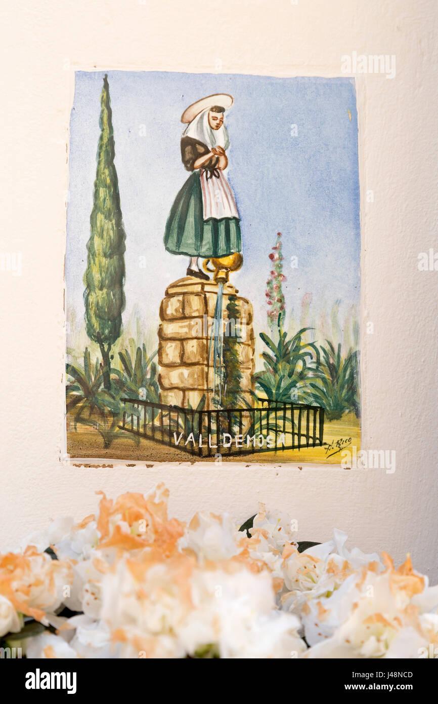 Glasierten Fliesen Auf Einer Hauswand In Valldemossa Mallorca - Mallorca fliesen shop