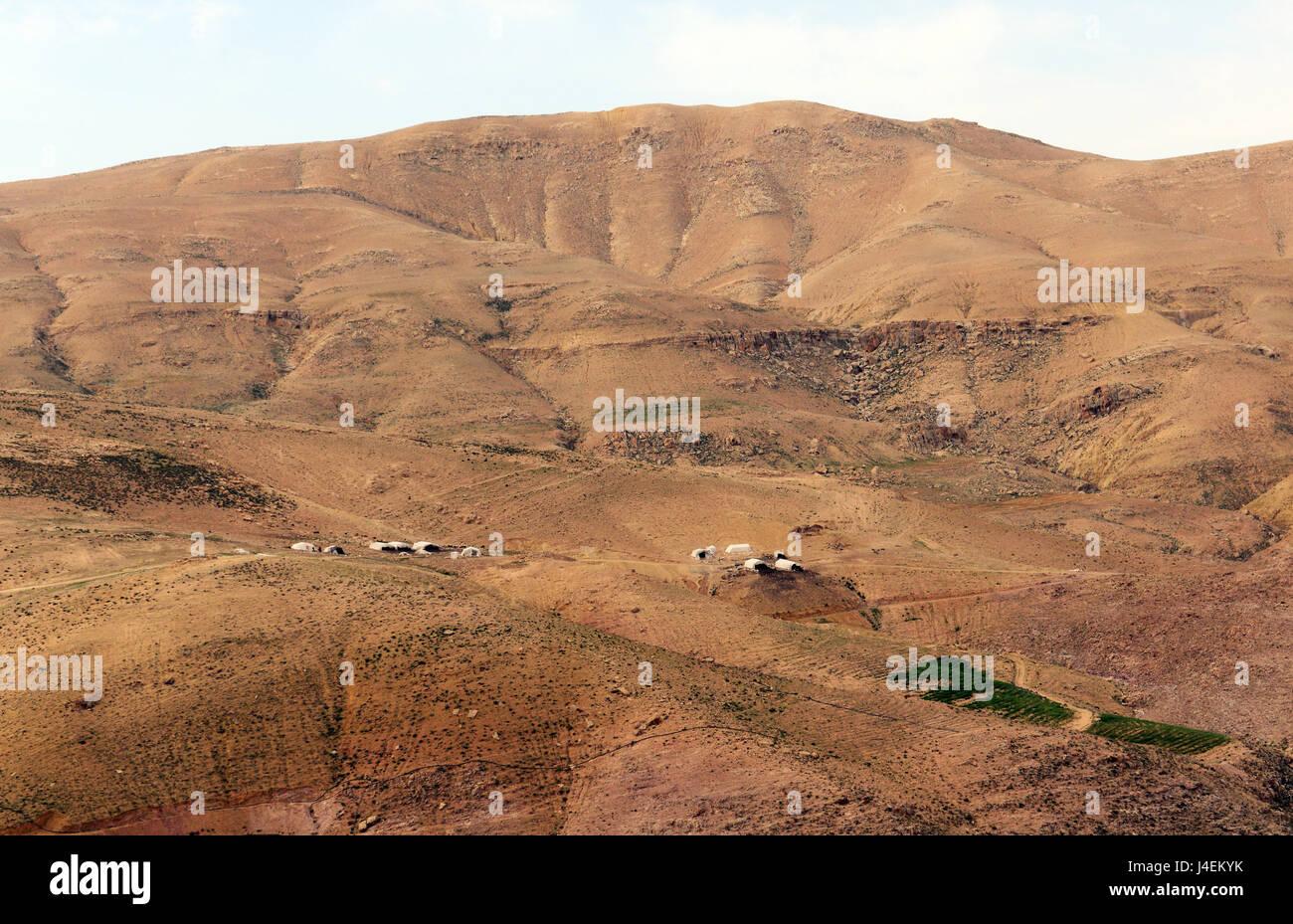 Beduinen Zelt Dörfer in der jordanischen Wüste. Stockfoto