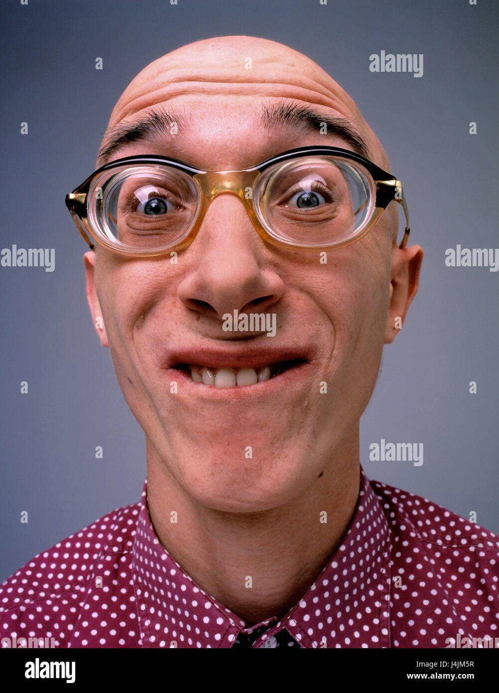Mann, Glatze, Brille, Brille, stark, Mimik, Grimasse