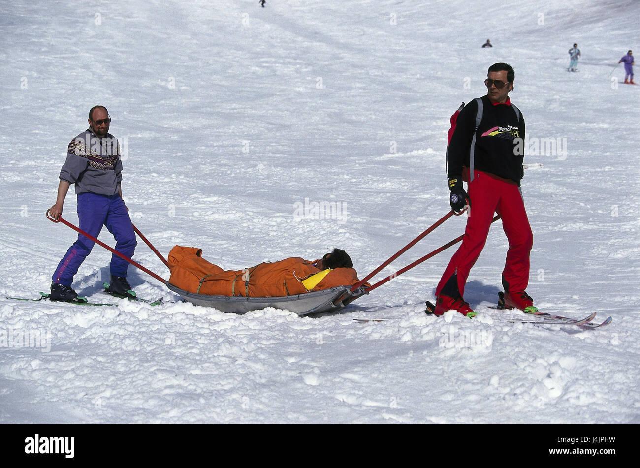 Ski-Start-und Landebahn, Bergrettung, Evakuierung, verletzte Person ...