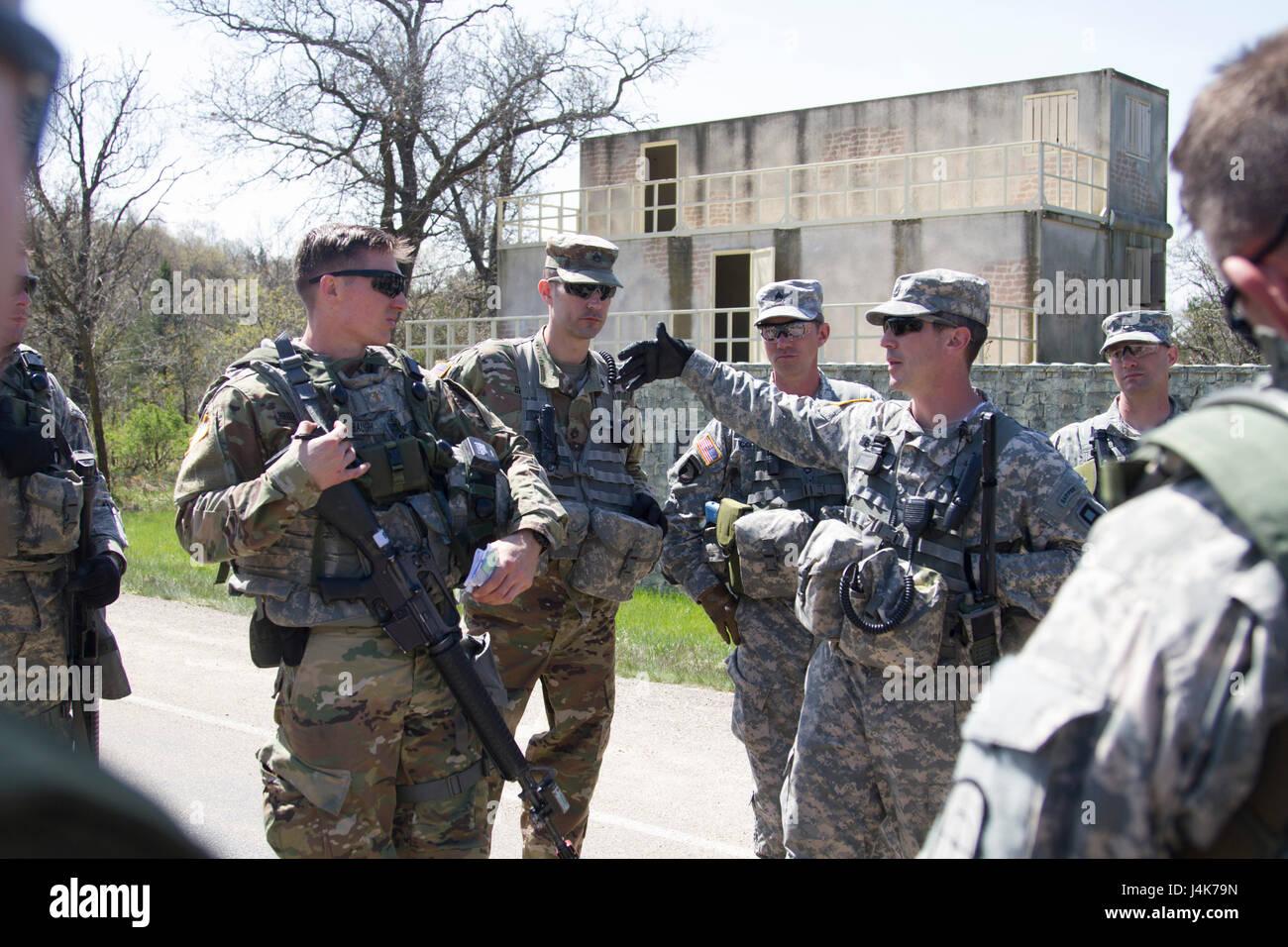 Sgt 1st Class Mccoy Company Stockfotos & Sgt 1st Class Mccoy Company ...