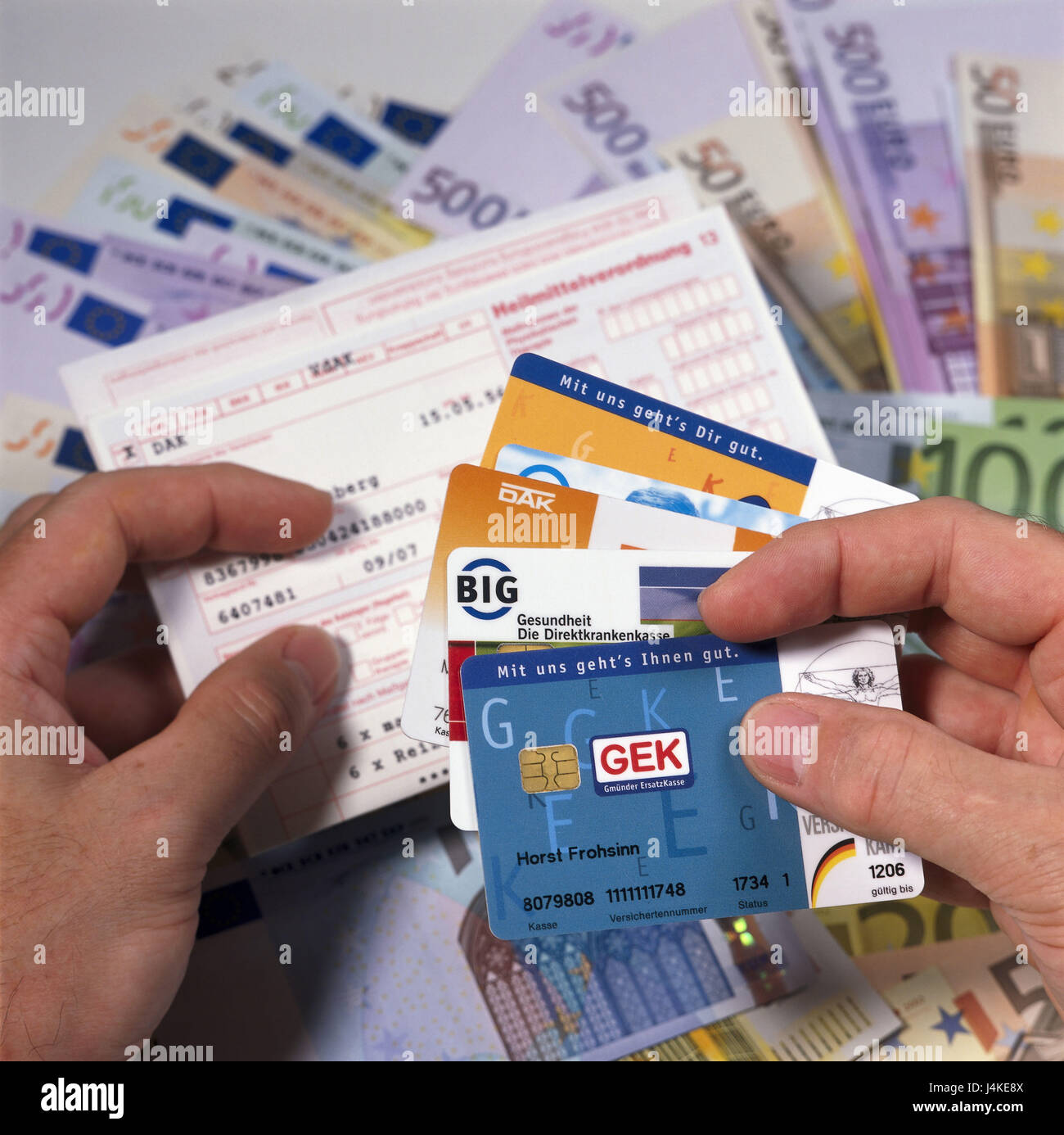 Mann Detail Hande Rezept Licht Versicherungskarten Bank Notizen