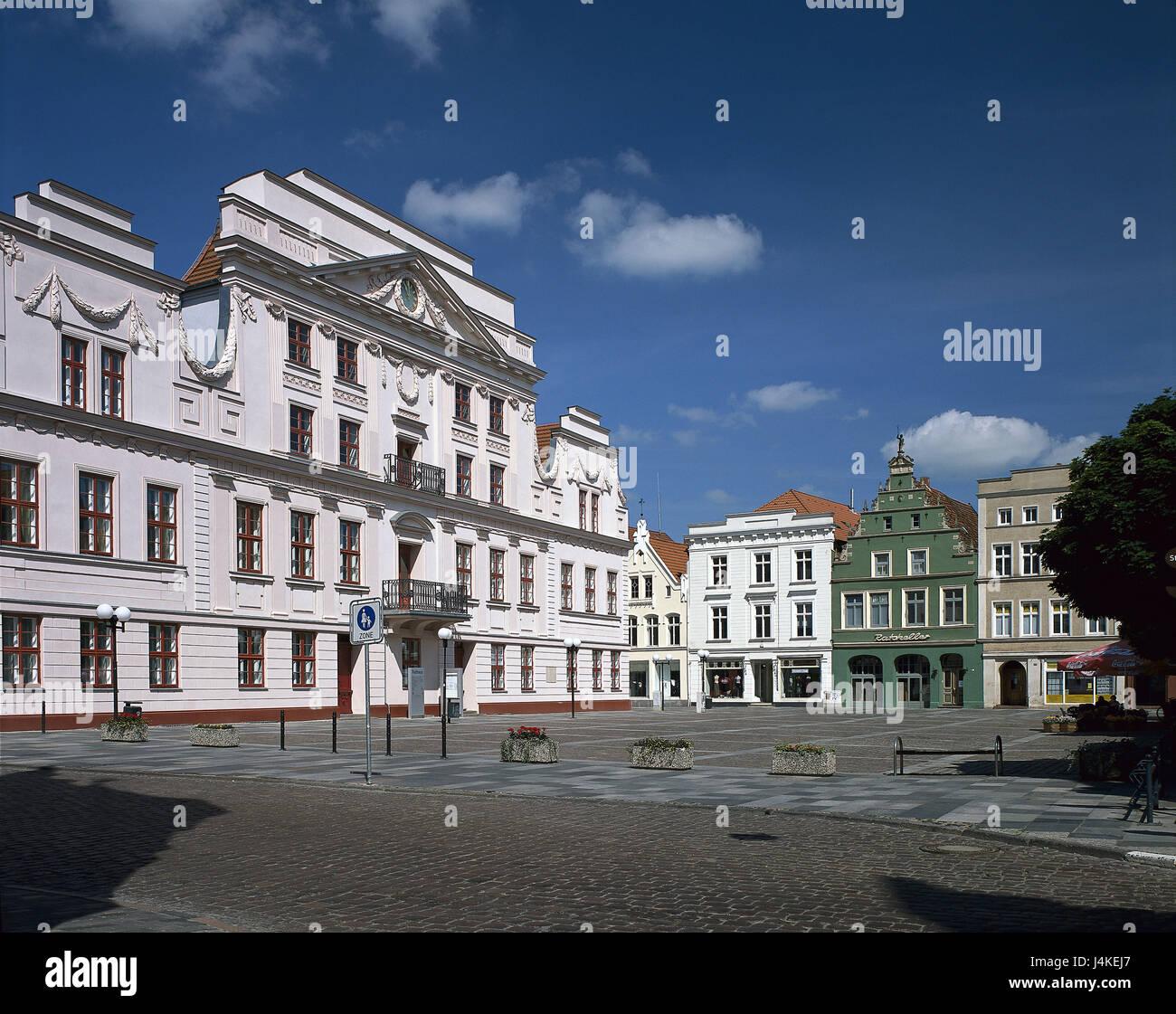 Deutschland mecklenburg vorpommern gustrow altstadt for Klassik baustil