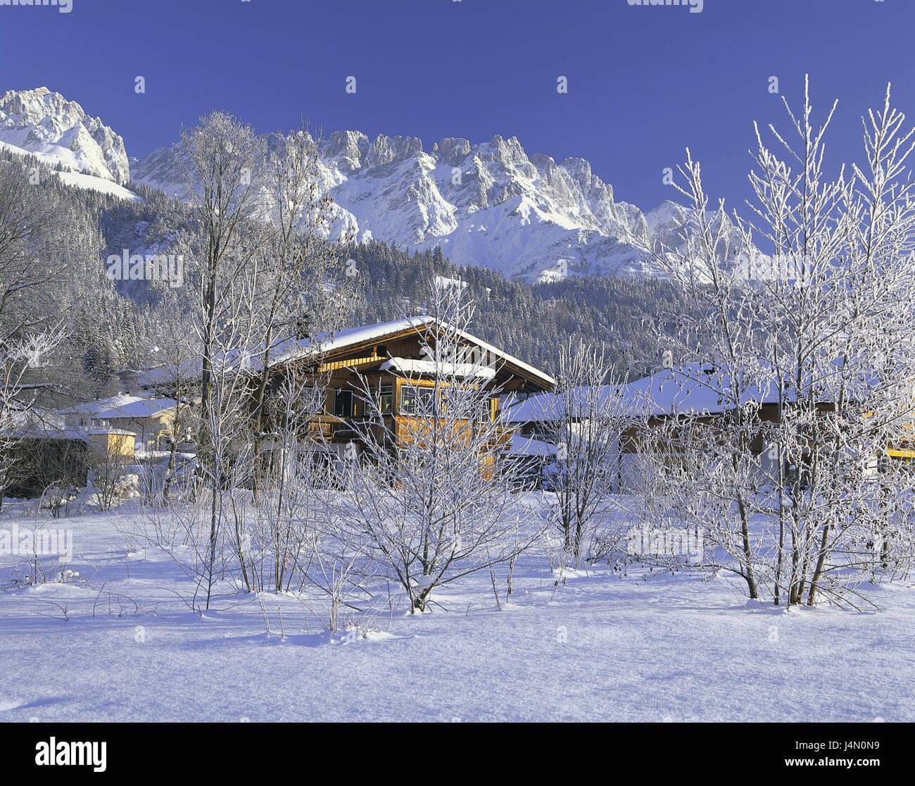 Österreich, Tirol, Ellmau, Wohnhaus, Bäume, Kahle, Schnee