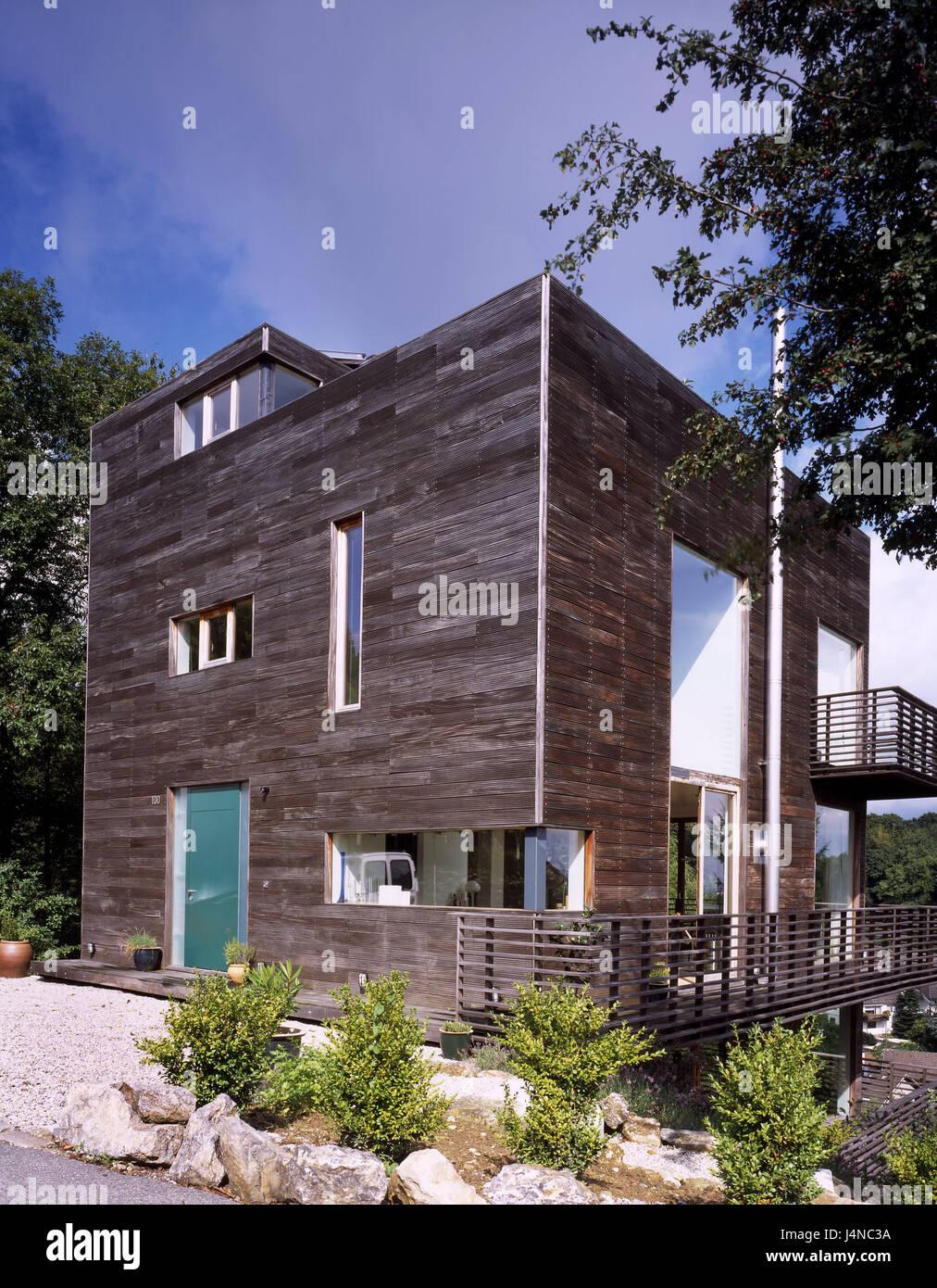 Außergewöhnlich Hausfassade Modern Beste Wahl , Modern, Fassade, Holz, Profilbretter, Hanglage, Gebäude,