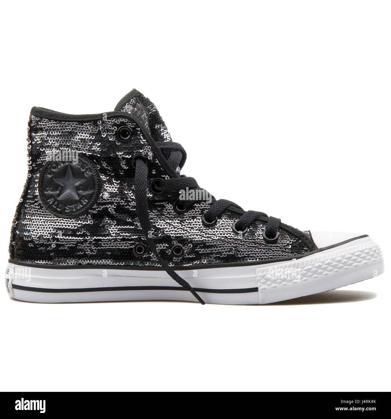 Converse – Chuck Taylor – Sneaker mit bunten Paillletten