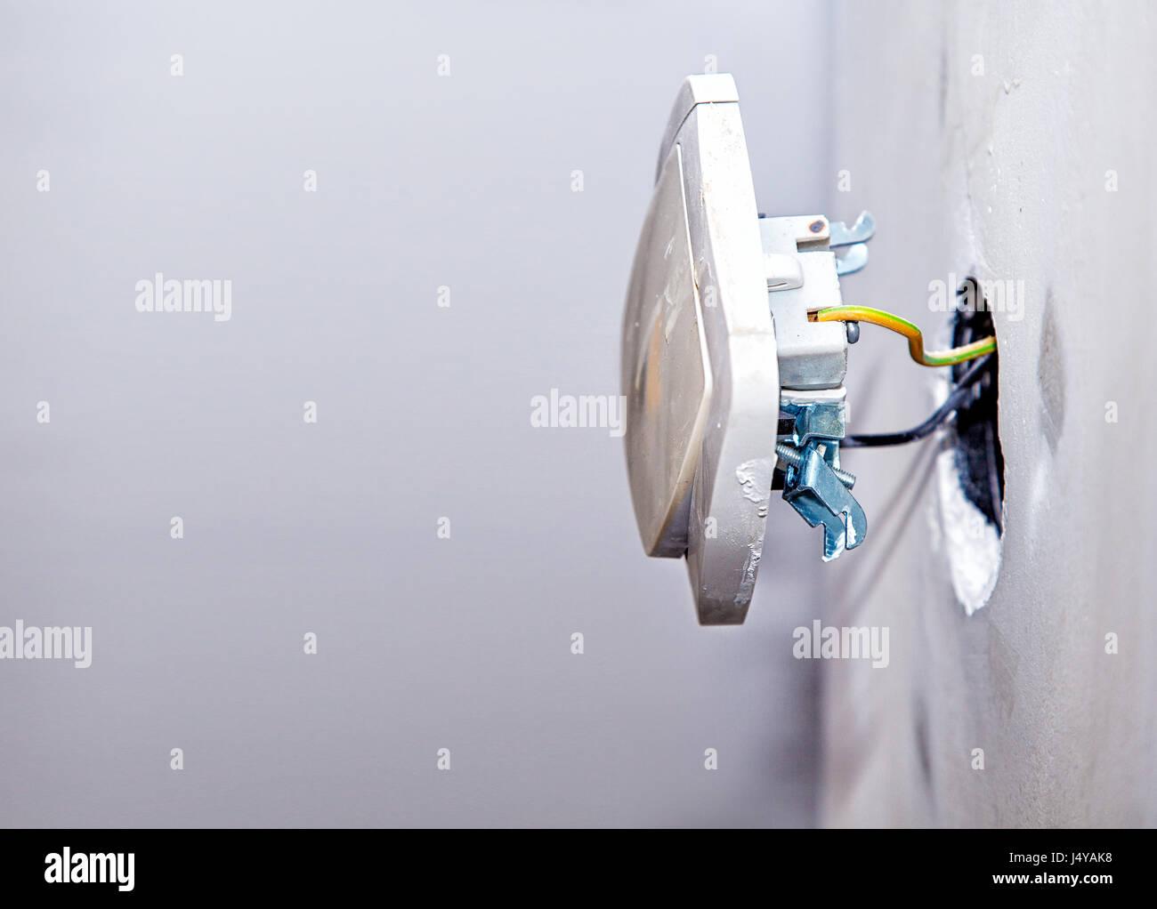 Schön Steckdose Elektrische Verkabelung Fotos - Der Schaltplan ...