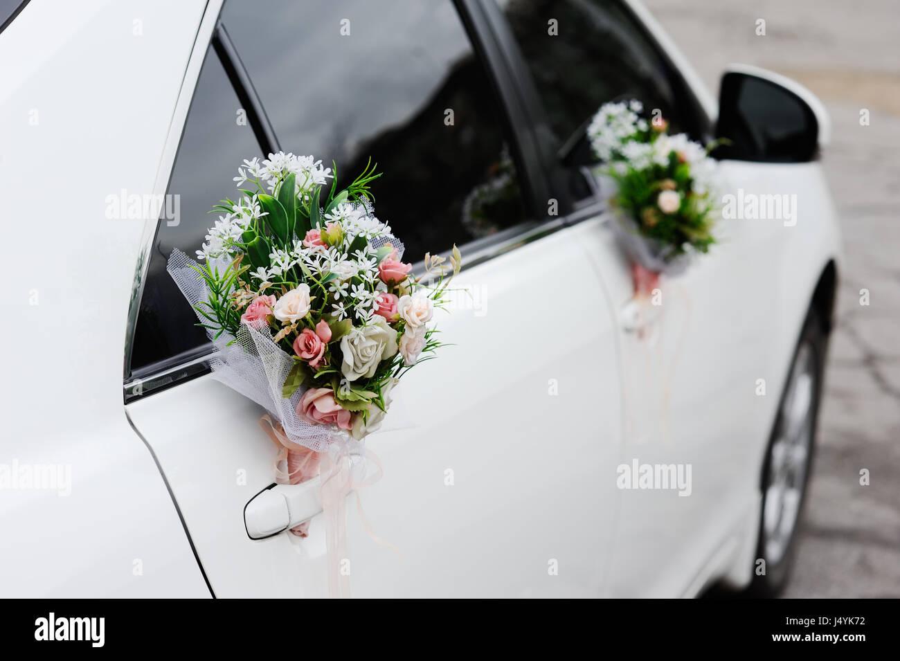 Hochzeit Auto Dekoration Stockfotos Hochzeit Auto Dekoration