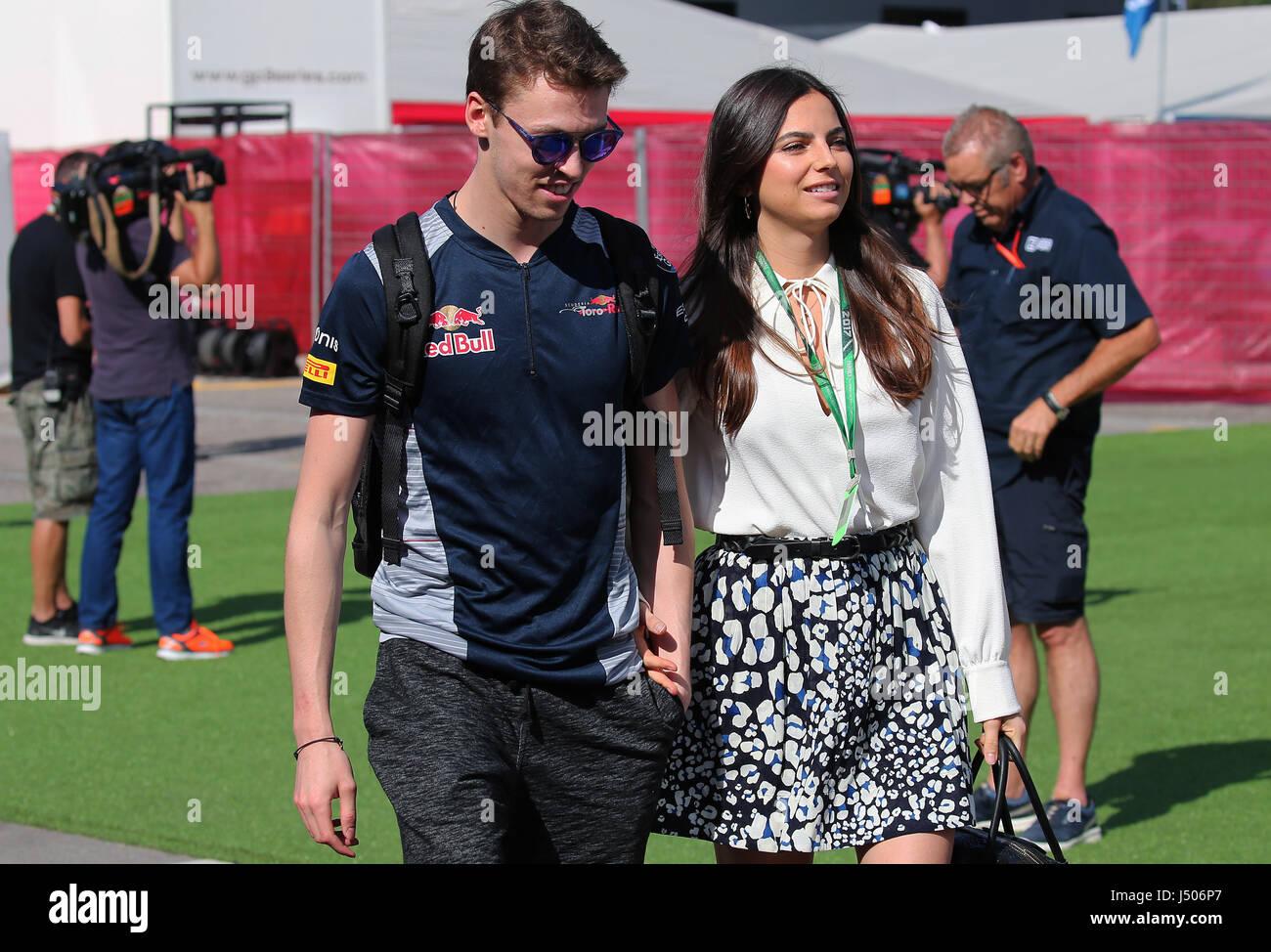 Barcelona, Spanien. 14. Mai 2017. Daniil Kvyat und Freundin Kelly Piquet  während der spanischen Formel Eins Grand Prix am Circuit de Catalunya am  14. Mai 2017 in Montmelo, Spanien. Bildnachweis: Gtres Información