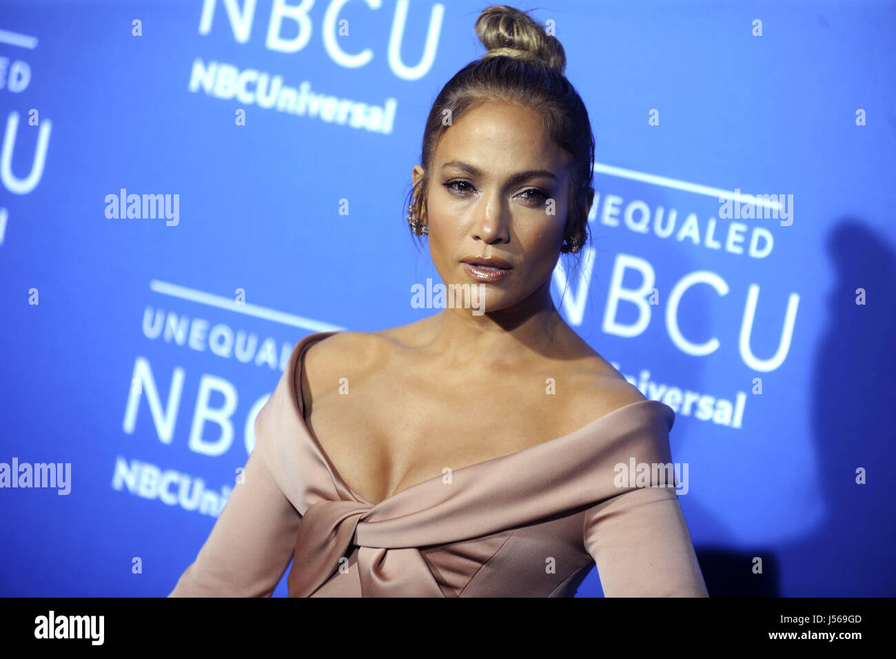 Jennifer Lopez nimmt am 15. Mai 2017 2017 NBCUniversal Upfront in der Radio City Music Hall in New York City an. Stockbild