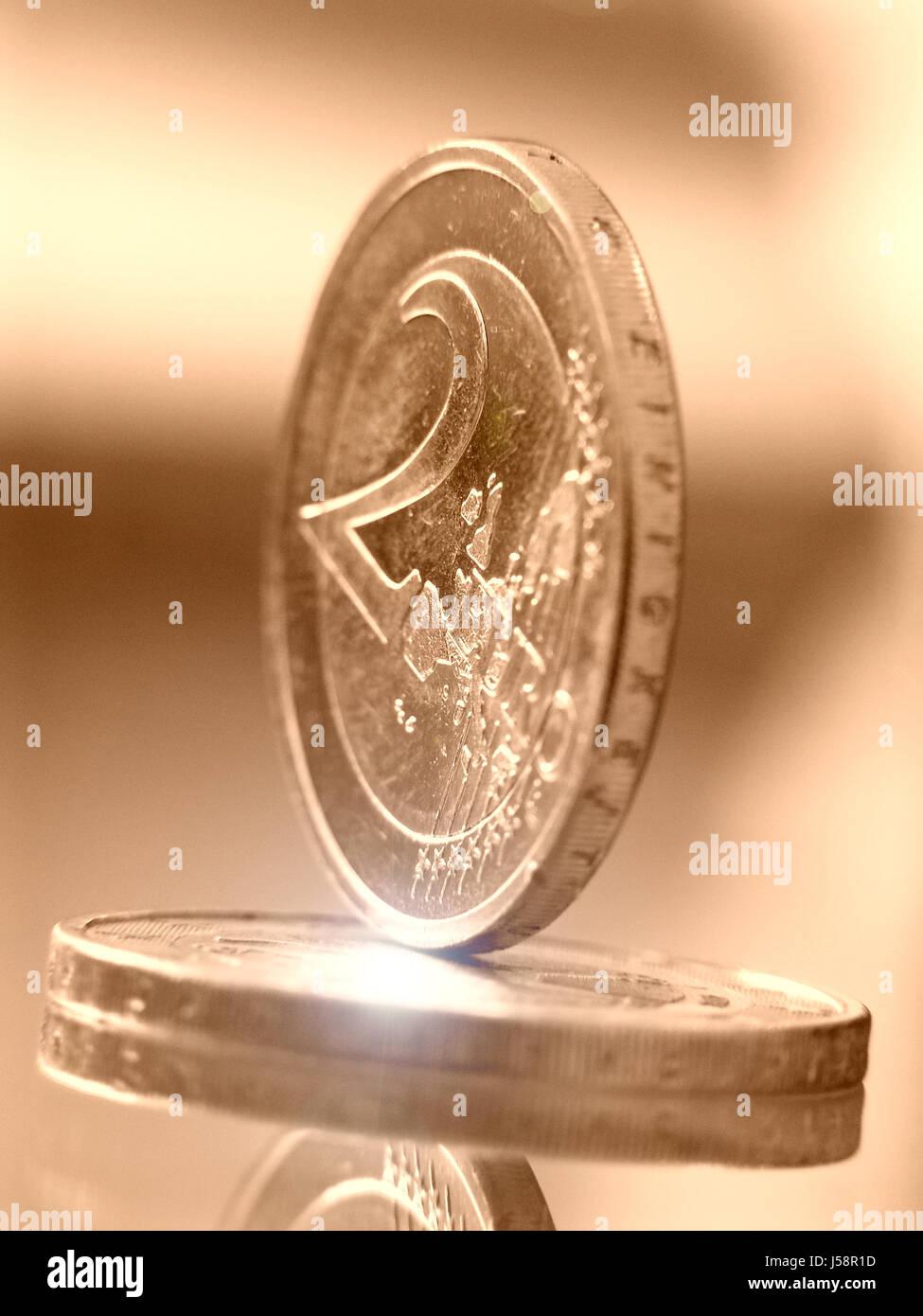 Blau Euro Münze Wirtschaft Geld Finanzen 2 2 Euro Münze Münzen Ein