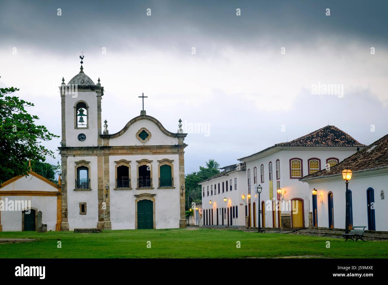 Portugiesischen kolonialen Kirche von Santa Rita, Paraty, Brasilien Stockbild