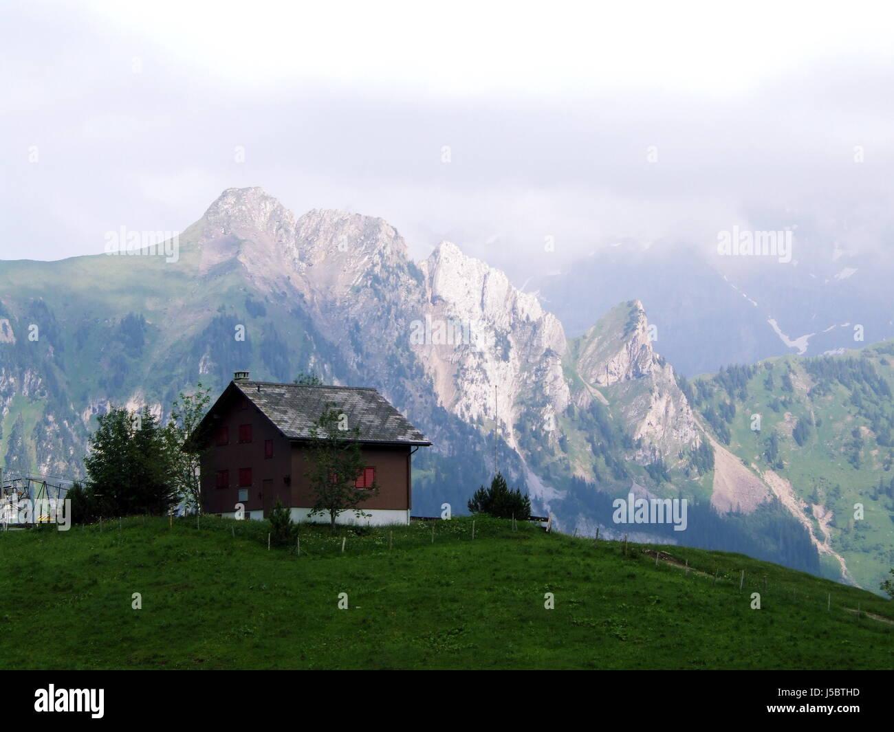 Isenthal stockfotos isenthal bilder alamy for Haus bauen schweiz
