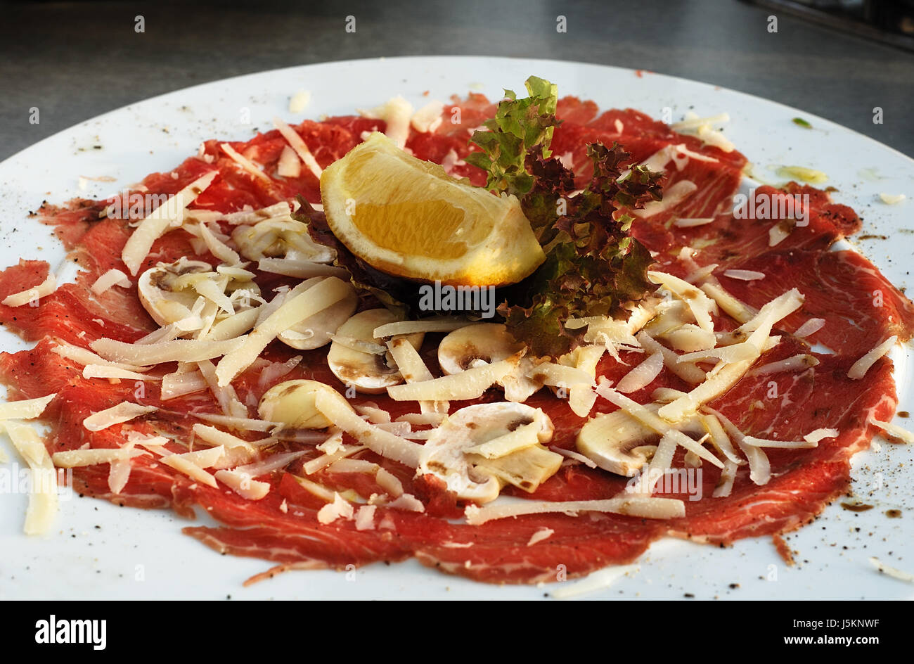 marinated beef carpaccio stockfotos marinated beef carpaccio bilder alamy. Black Bedroom Furniture Sets. Home Design Ideas