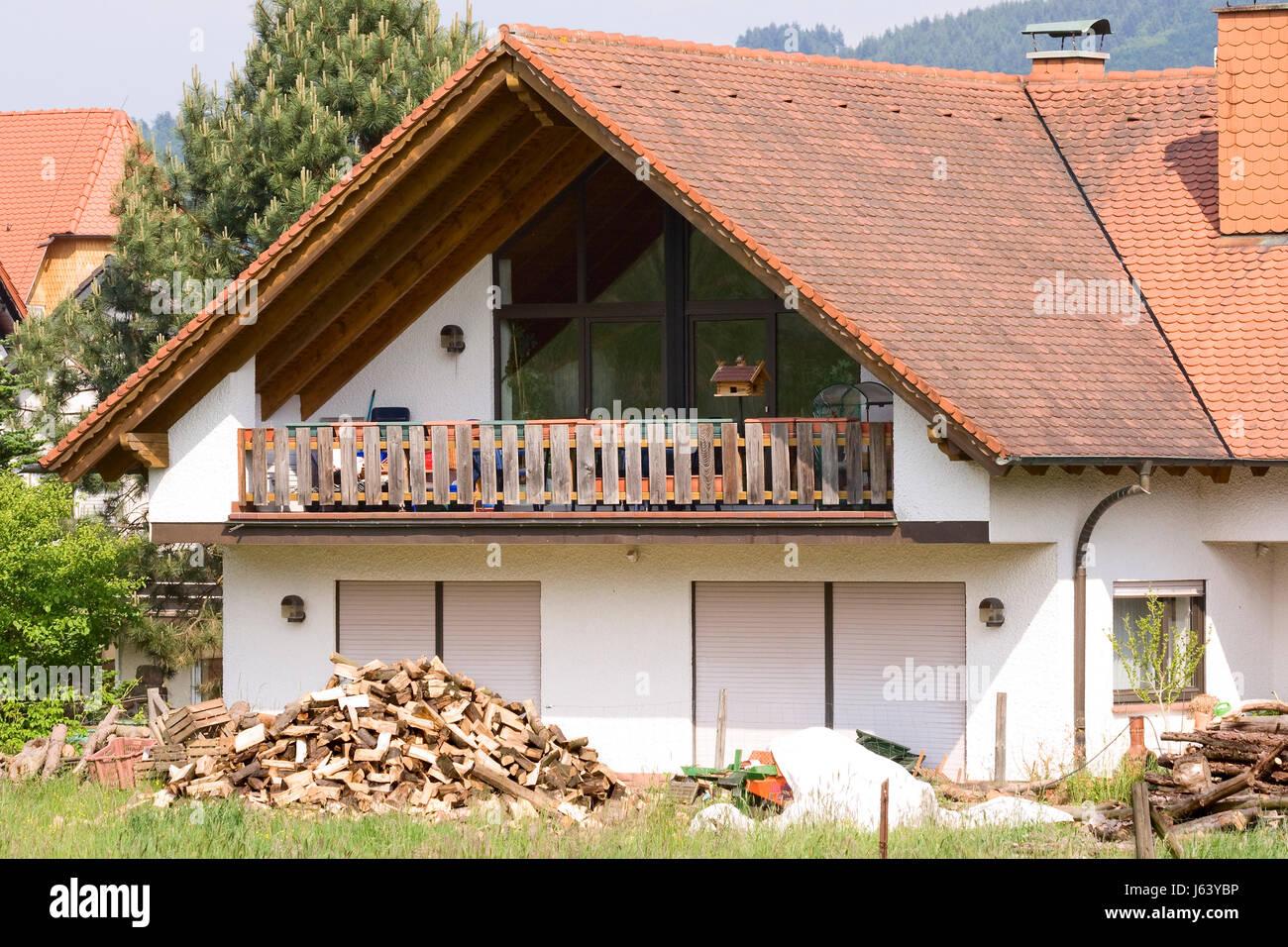 Haus Haus Wohnhaus Wohnhaus bauen Holz Bungalow Brennholz Stockfoto ...