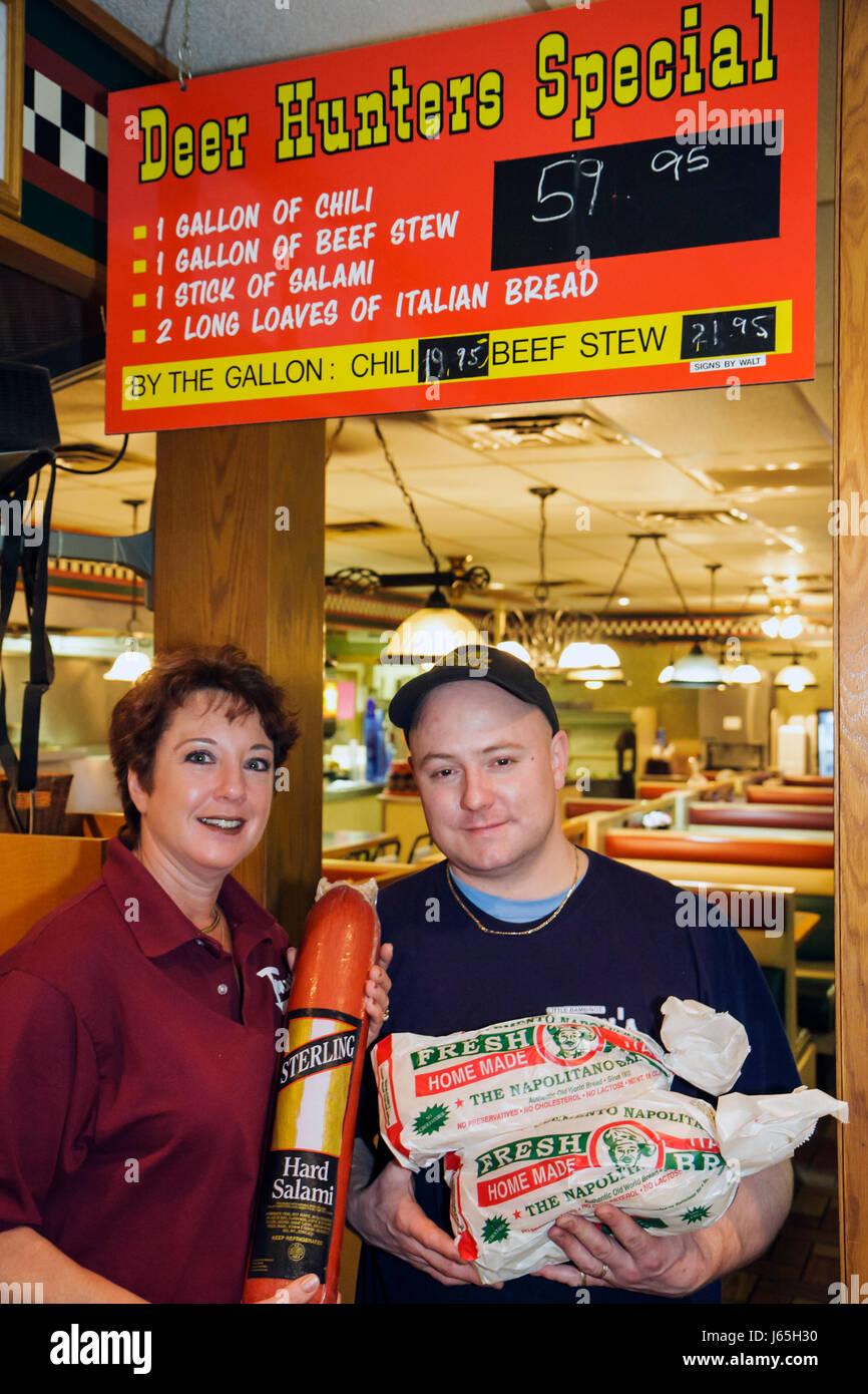 Michigan Birch Run Tony's I-75 Restaurant mit zwangloser Atmosphäre business Shopping hart Salami hausgemachte Stockbild