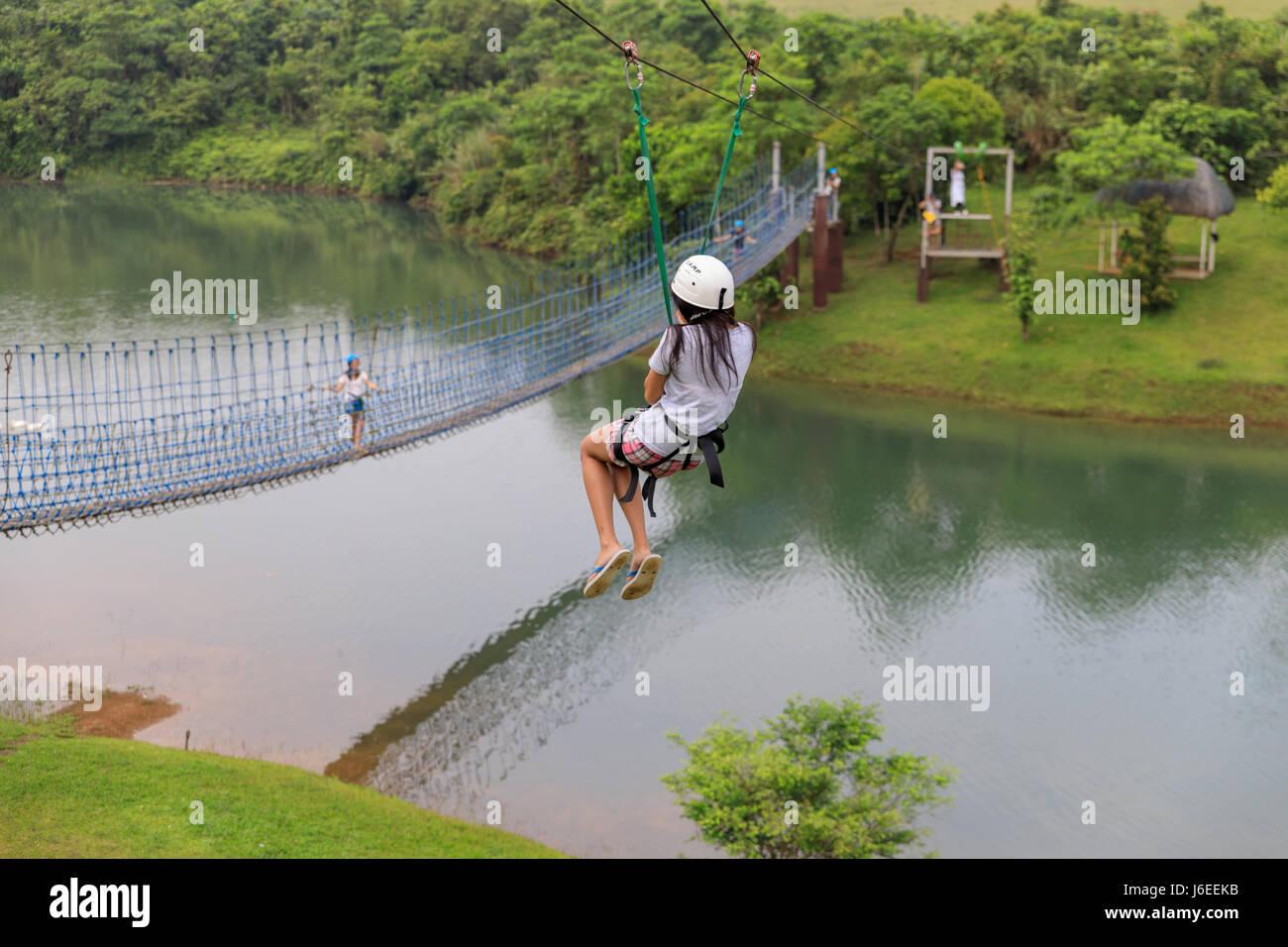 Sliding Zip Stockfotos & Sliding Zip Bilder - Alamy