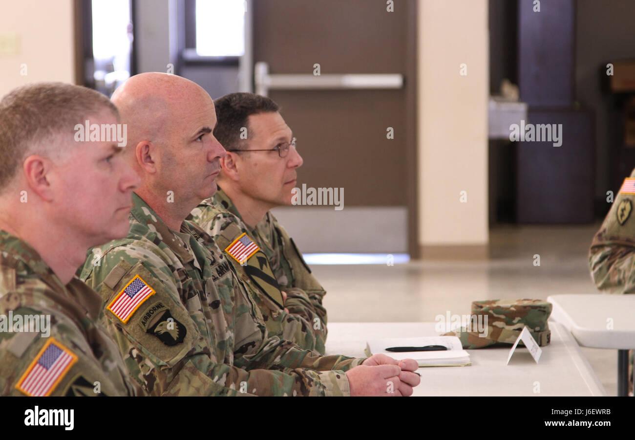 Groß Uns Armee Reserve Fortsetzen Zeitgenössisch ...