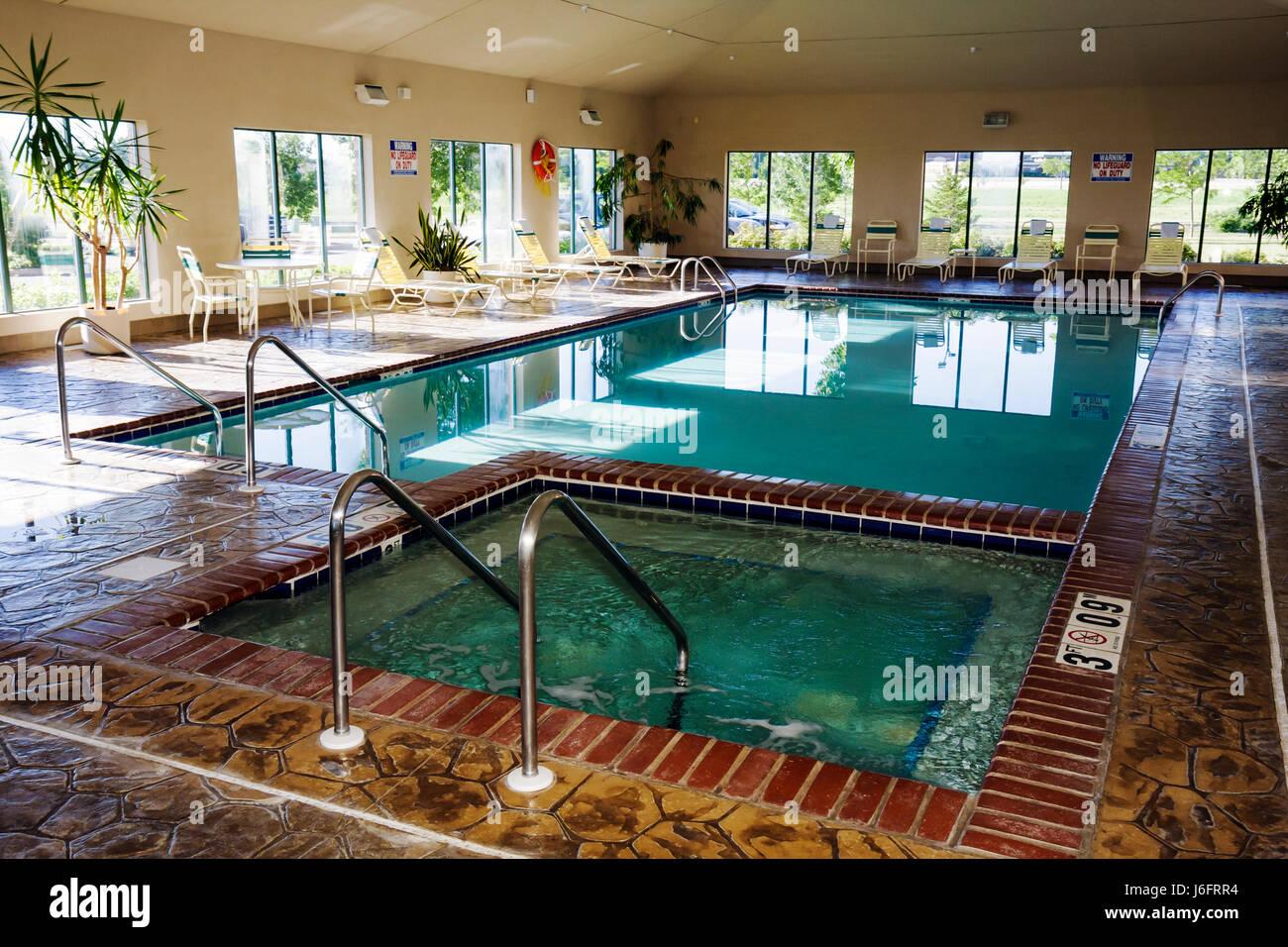 indoor swimming pool stockfotos indoor swimming pool bilder alamy. Black Bedroom Furniture Sets. Home Design Ideas