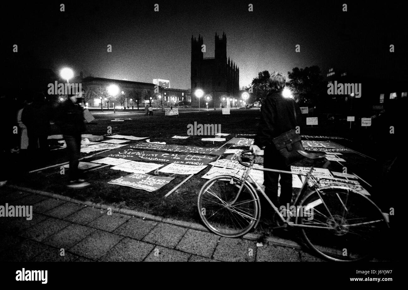 Berlin, Deutschland-fotografiert an den Tagen vor dem Fall der Berliner Mauer einschließlich der Nacht von der Wand Stockfoto