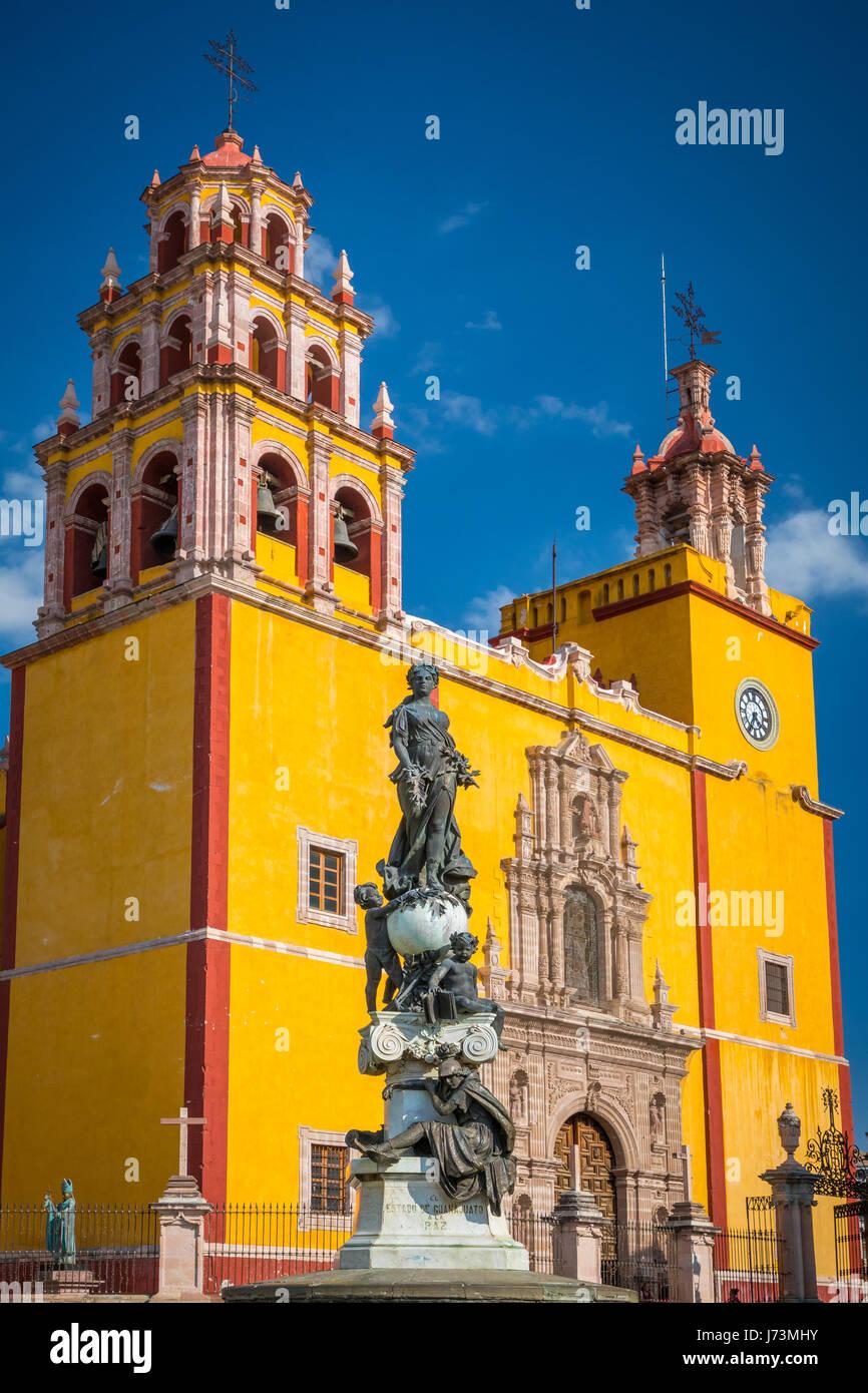Basílica Colegiata de Nuestra Señora de Guanajuato gilt als eines der bedeutendsten Bauwerke der Stadt Stockbild
