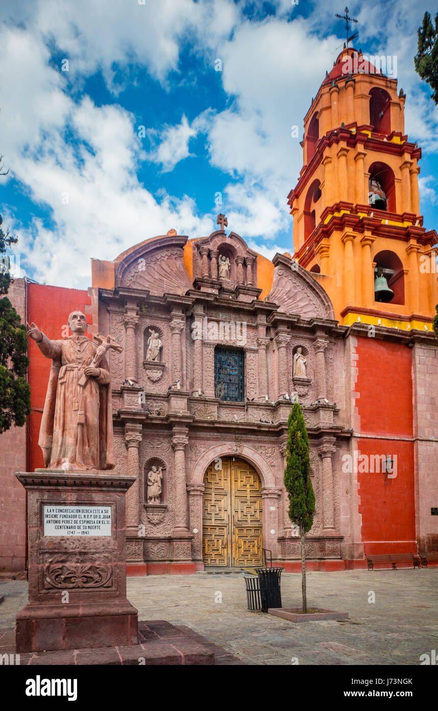 Die Kirche San Francisco in der Altstadt von San Miguel de Allende, Mexiko Stockbild