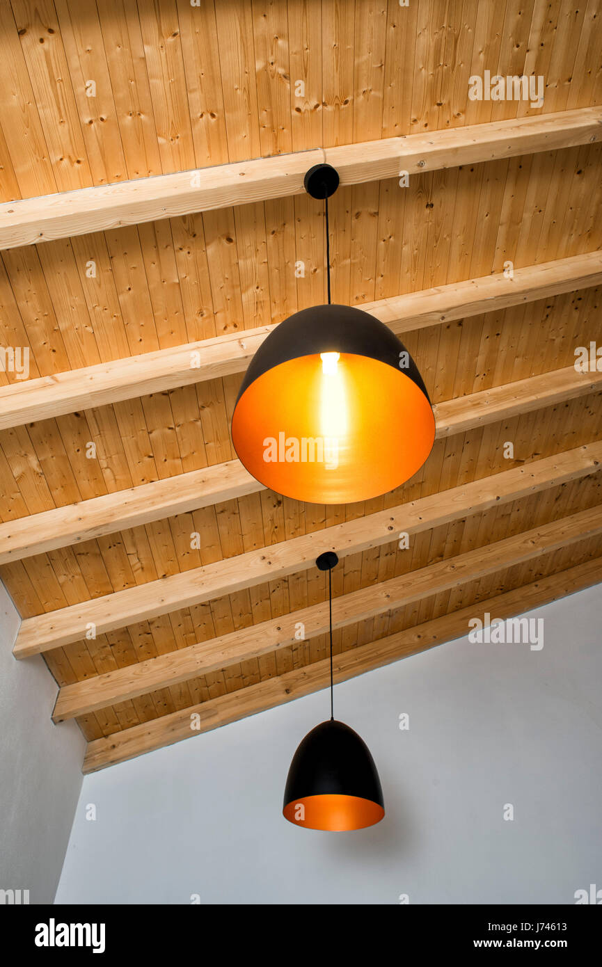 lightbulb ceiling bulb stockfotos lightbulb ceiling bulb bilder alamy. Black Bedroom Furniture Sets. Home Design Ideas