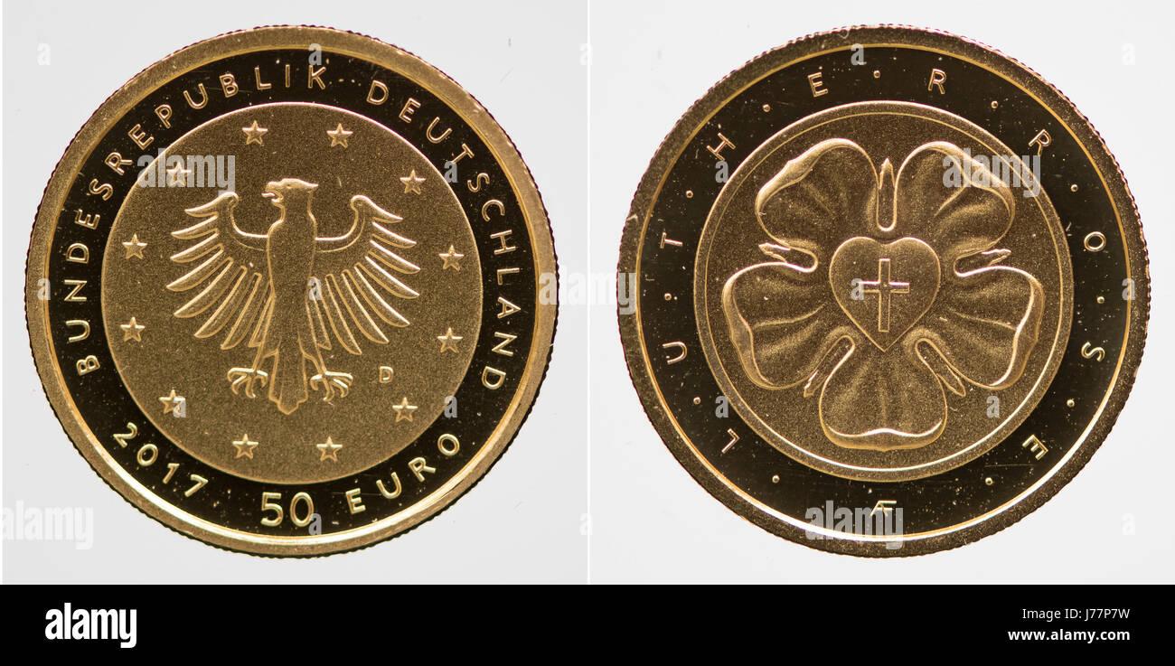 Eine Bild Combo Zeigt Die Beiden Seiten Des Neuen 50 Euro Luther