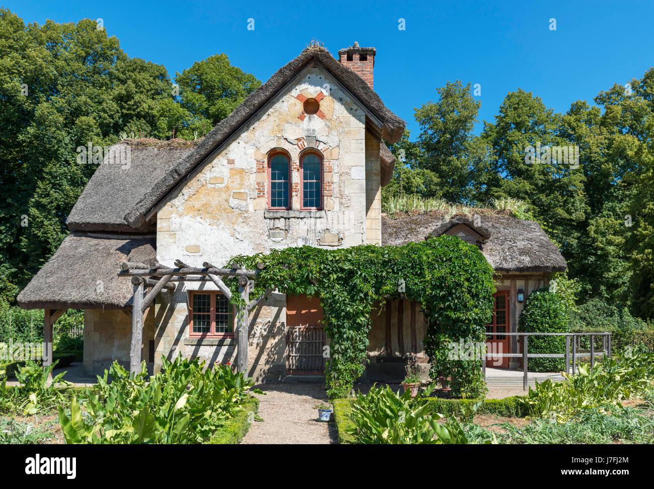 La Maison du Jardinier (Gärtnerhaus) im Hameau De La Reine (Königin Hamlet), Château de Versailles, Stockbild