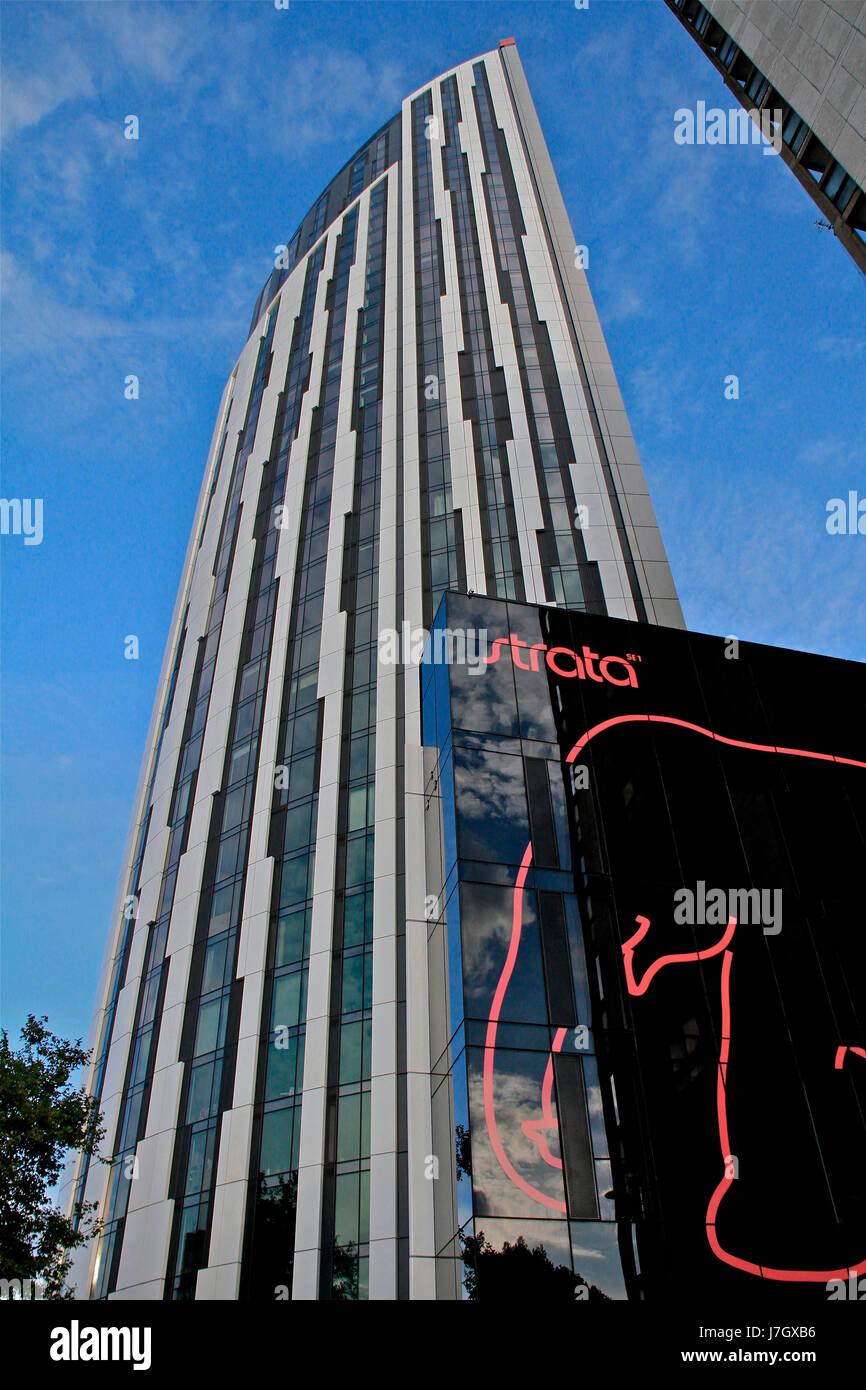 Strata Tower SE1 im Rahmen der Süd-Ost-London Regeneration im ...