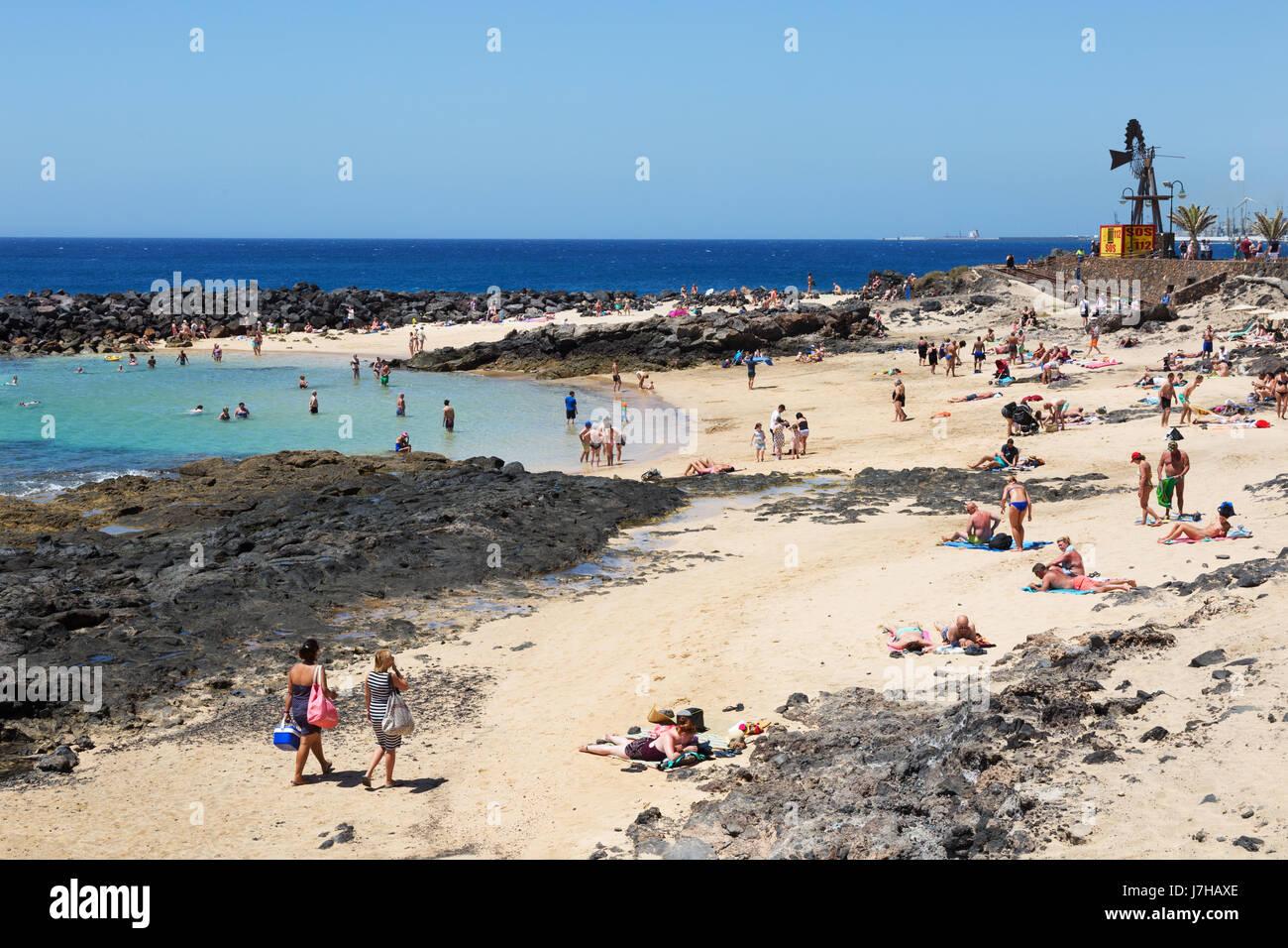 Lanzarote beach - Costa Teguise, Lanzarote, Kanarische Inseln, EuropaStockfoto
