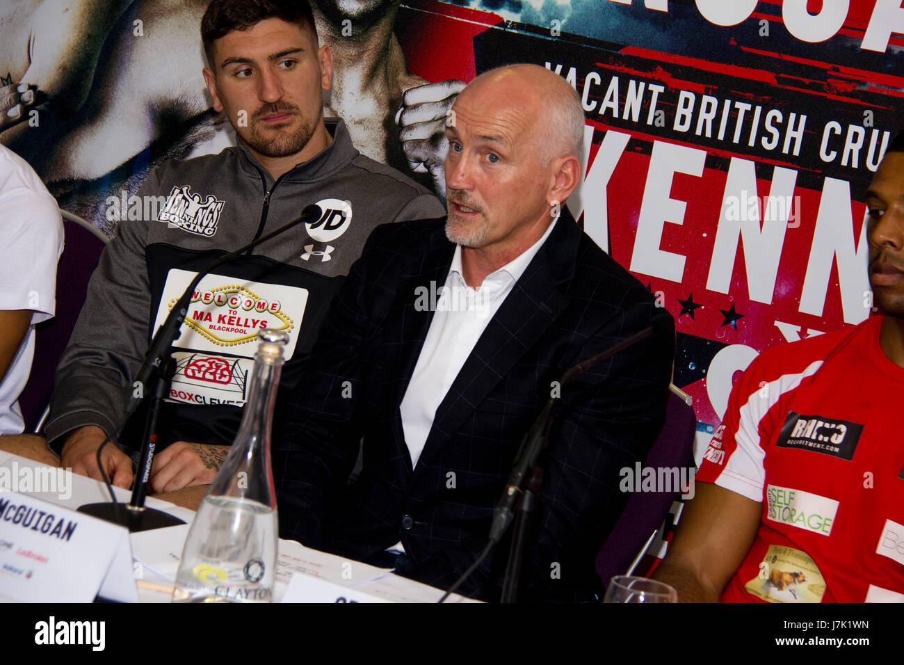 Geben Sie die Drachen Craig Kennedy V Matty Askin Andrew Selby V Cristofer Rosales Boxen Pressekonferenz Stockbild