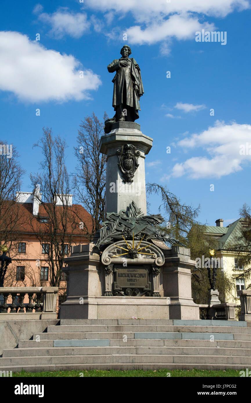 Statue von Adam Mickiewicz in Warschau, Polen © Wojciech Strozyk / Alamy Stock Foto Stockbild