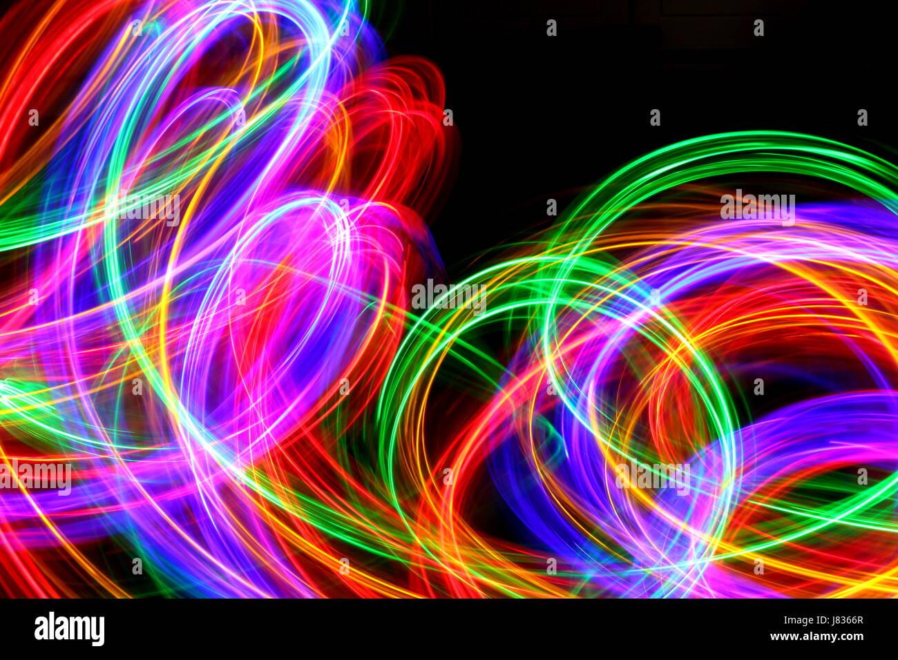 Multi farbige Licht Malerei Fotografie, Wirbel und Schleifen vor ...