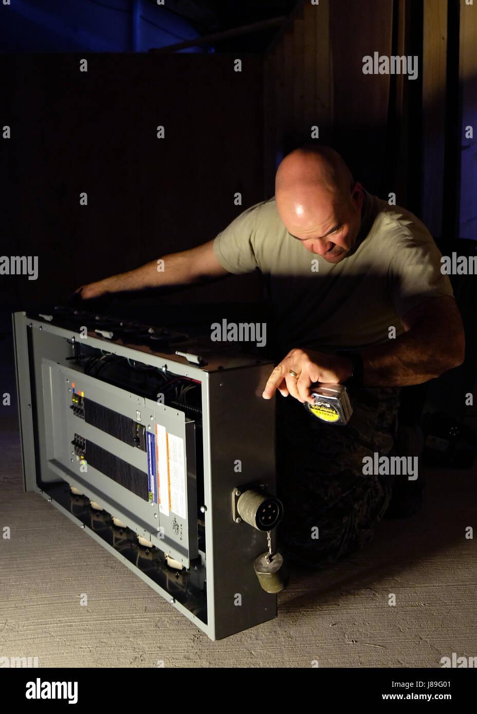 Circuit Breaker Box Stockfotos & Circuit Breaker Box Bilder - Alamy