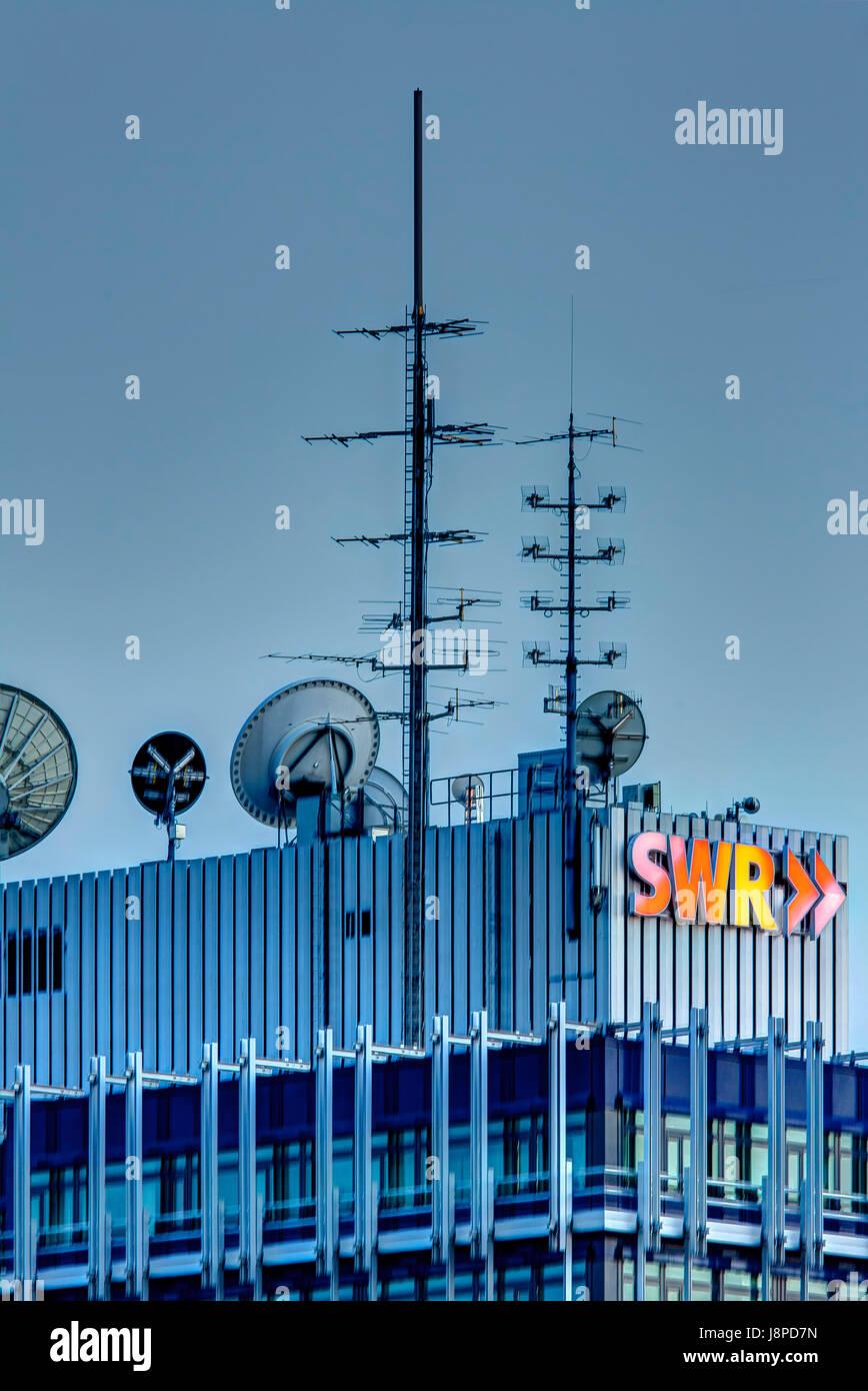 Antennen, Dach des deutschen Fernsehsenders SWR. Stockbild