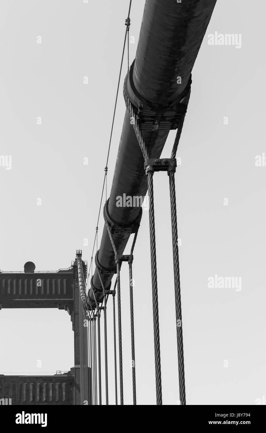 Das Kabel Aussetzung der Golden Gate Bridge in San Francisco, USA Stockbild