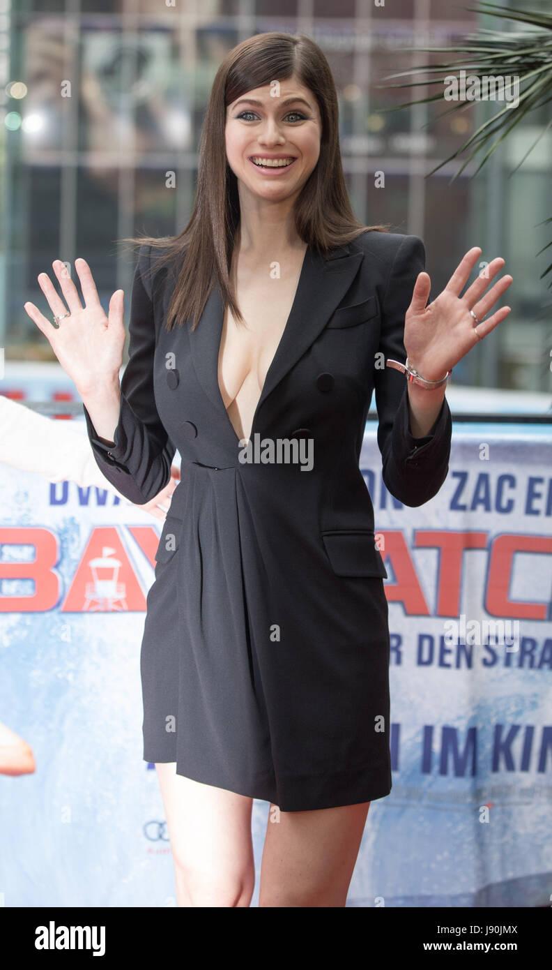 Berlin, Deutschland. 30. Mai 2017. Schauspielerin Alexandra Daddario bei  einem Fototermin anlässlich des Films