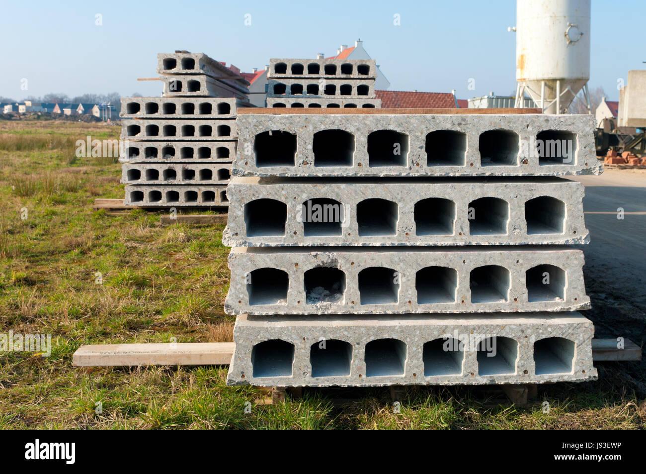 Beton Zement Blocke Schrank Wohnen Platten Bau Haus Stockfoto