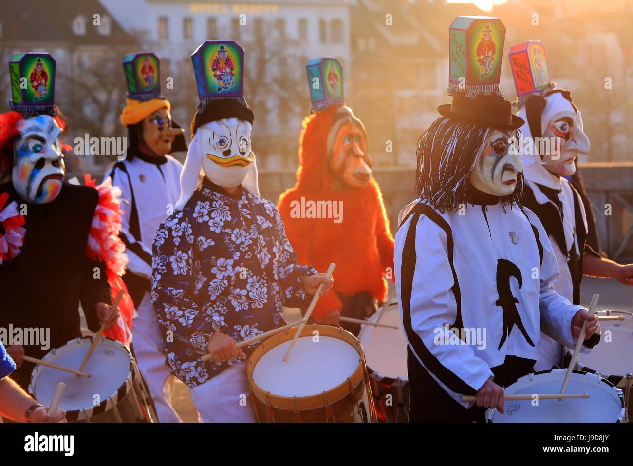 Membranophones: Basel Drum - Tanz Des Leu (Trad.) by ...
