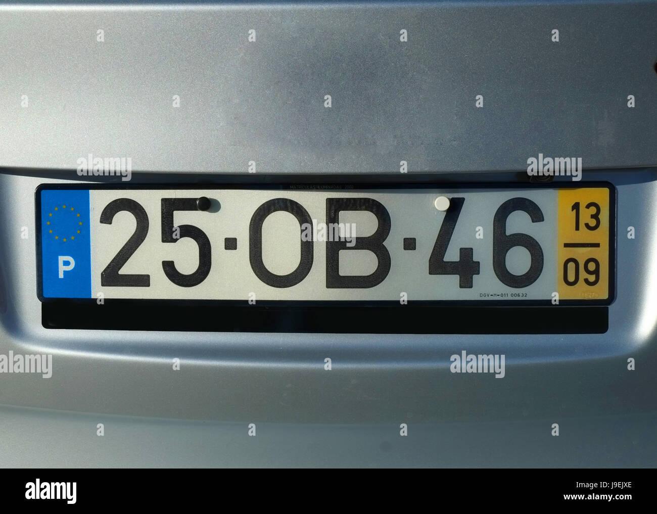 Großzügig Tesla Kfz Kennzeichenrahmen Fotos - Benutzerdefinierte ...