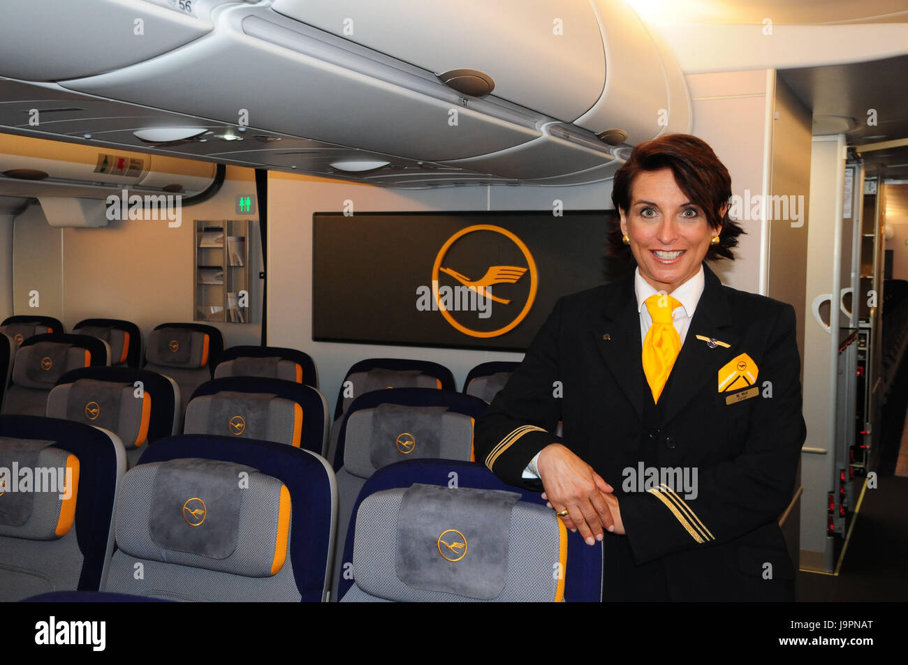 airbus seats stockfotos airbus seats bilder seite 3 alamy. Black Bedroom Furniture Sets. Home Design Ideas